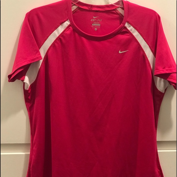 Nike fit Pink dry-fit T-shirt